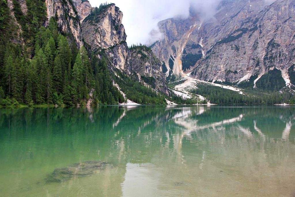 Dolomite Lake - Lago di Braies