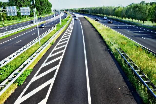 Gara BERS per costruzione autostrade in Bosnia Erzegovina: Photocredit: Mabel Amber da Pixabay