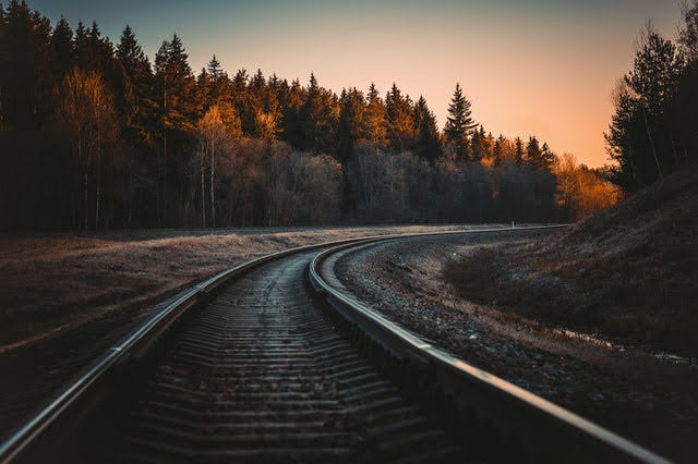 Trasporti - Photo by Irina Iriser from Pexels