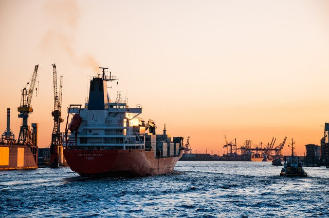 Contributi terminal portuali - Foto di Martin Damboldt da Pexels