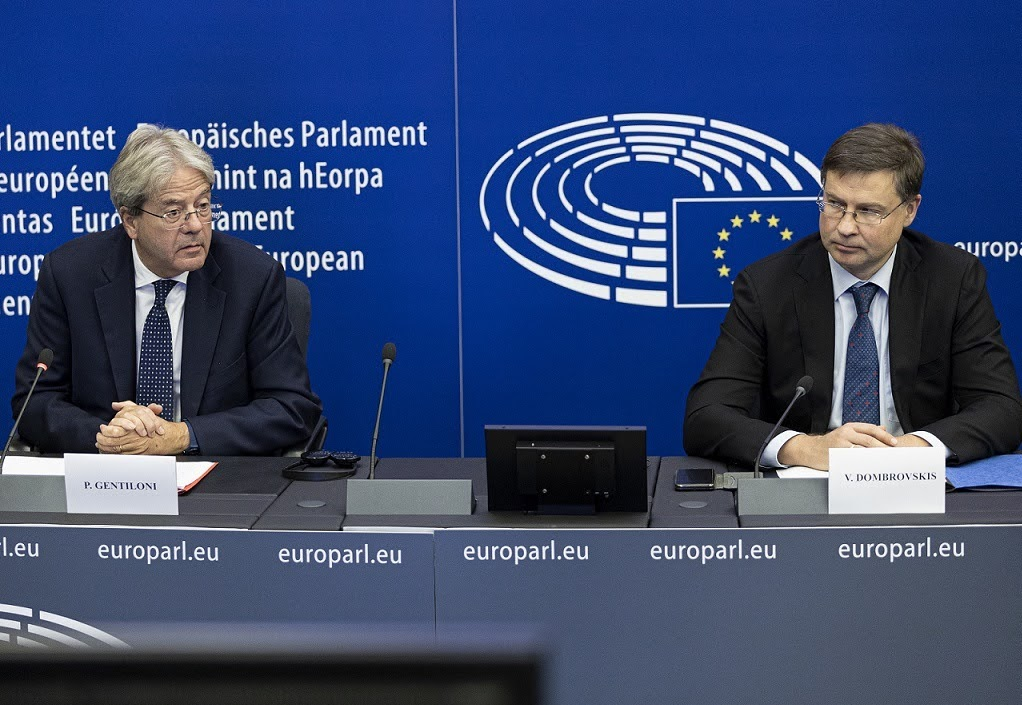 Valdis Dombrovskis e Paolo Gentiloni - Photo credit: European Union, 2021 - Photographer: Elyxandro Cegarra